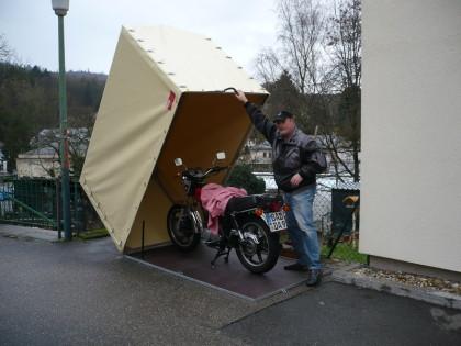 Motorradgarage - einebinsenweisheit